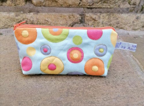Bag: Fabric circle, with orange zip